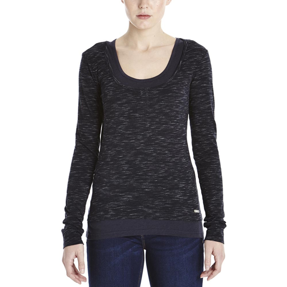 Bench Outing L/S Top