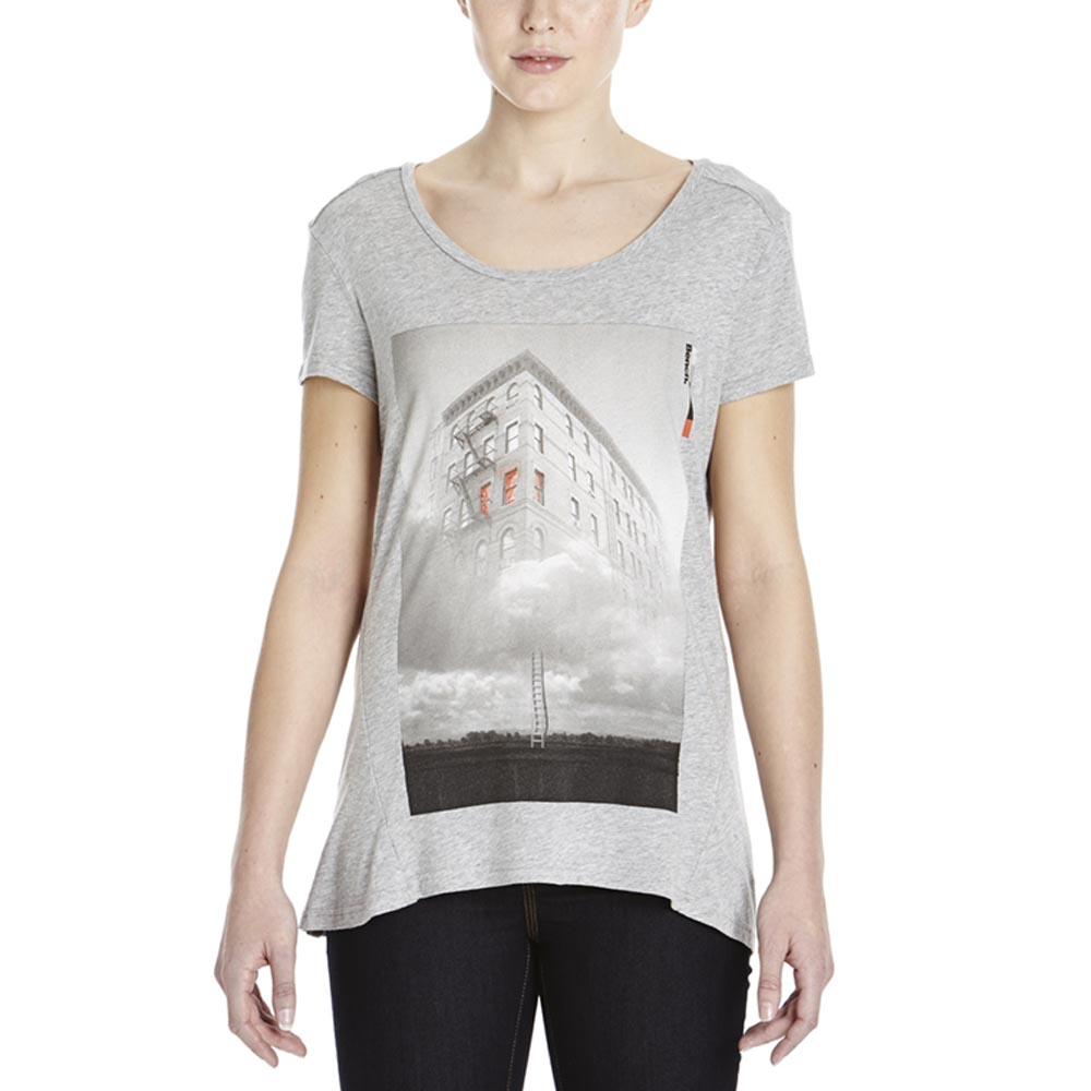 Bench Realist S/S Graphic Top