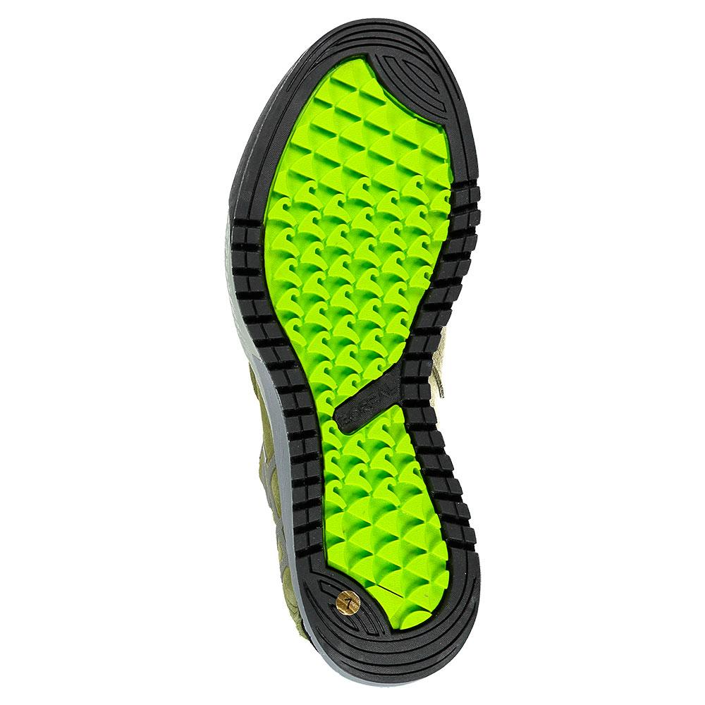 sneakers-boreal-glove