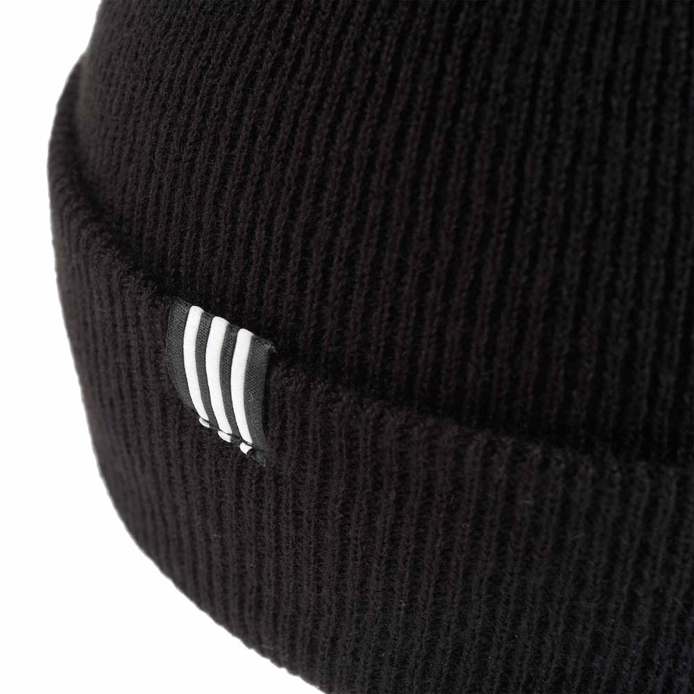 adidas originals Trefoil Beanie Black buy and offers on Dressinn 175073cd3a3