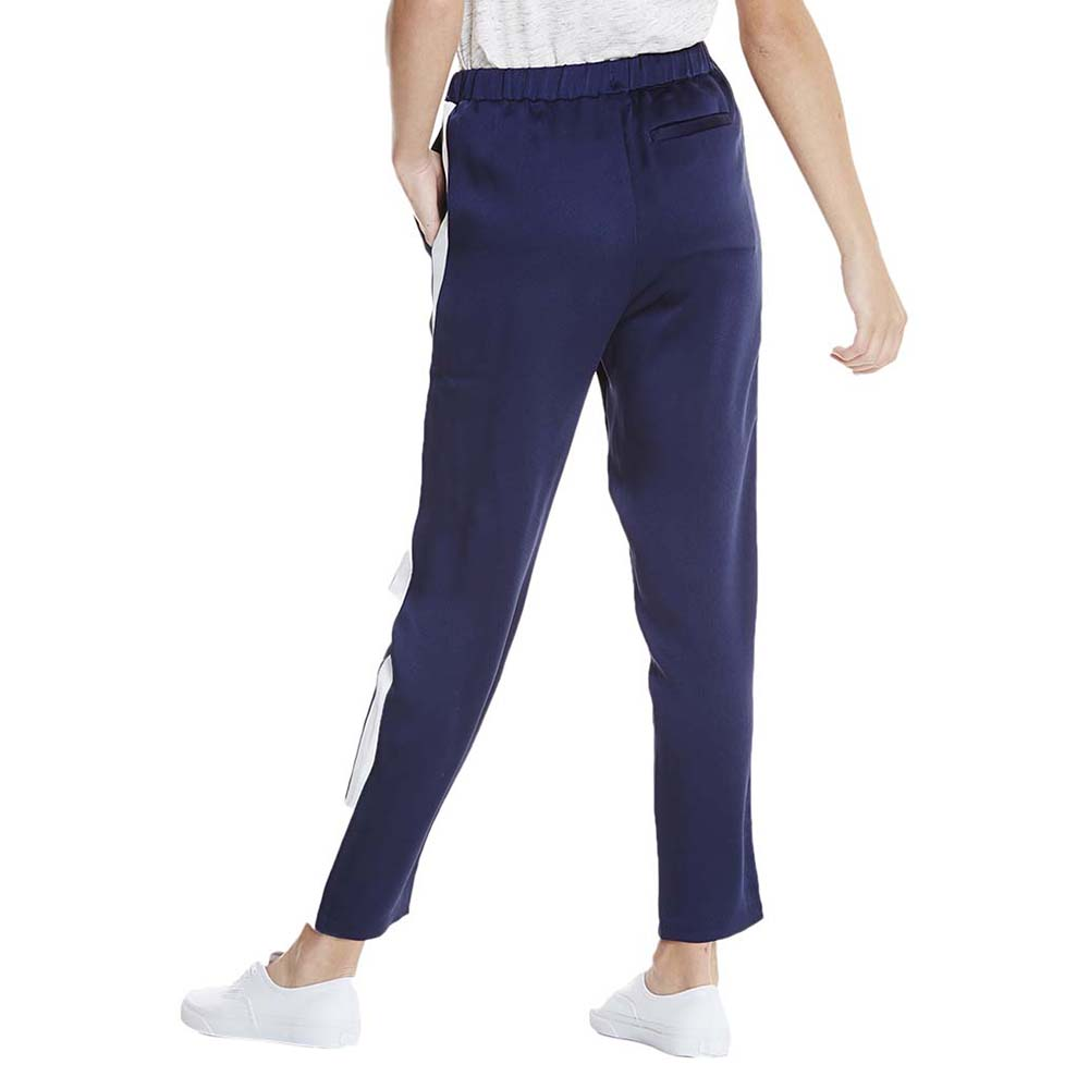woven-jogging-pant-with-side-pannel