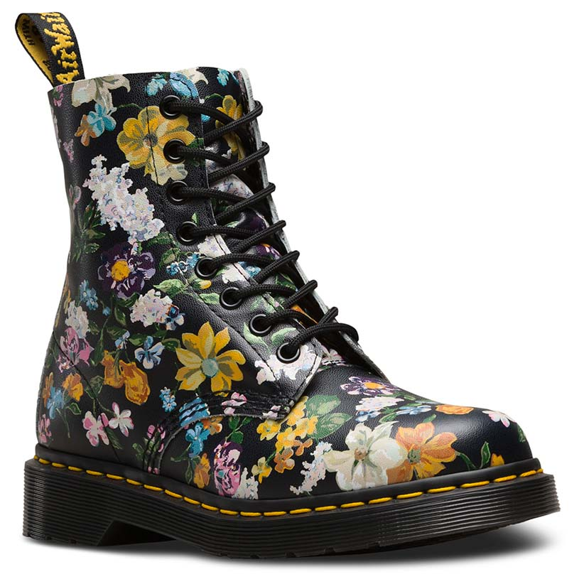 dr martens pascal 8 eye darcy floral preto dressinn botas e sapatinhos. Black Bedroom Furniture Sets. Home Design Ideas