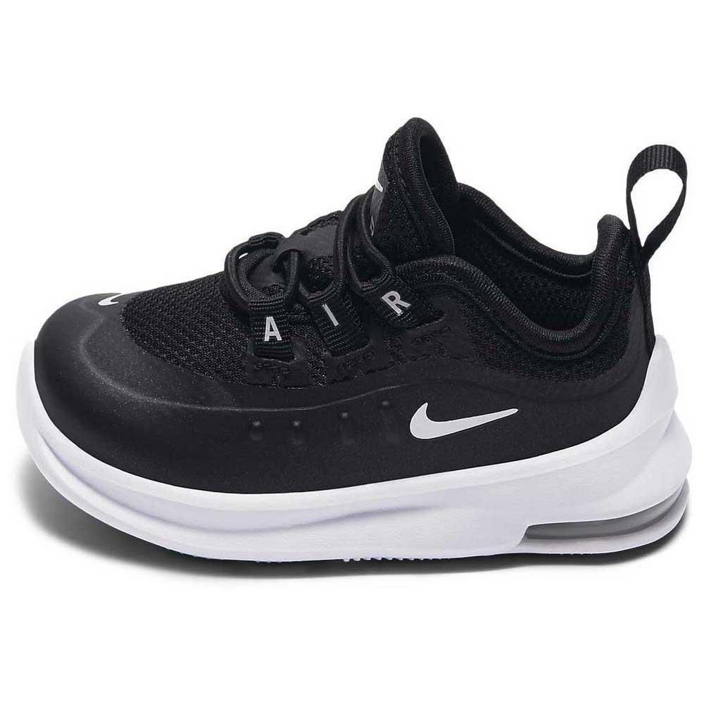 ... Nike Air Max Axis TD