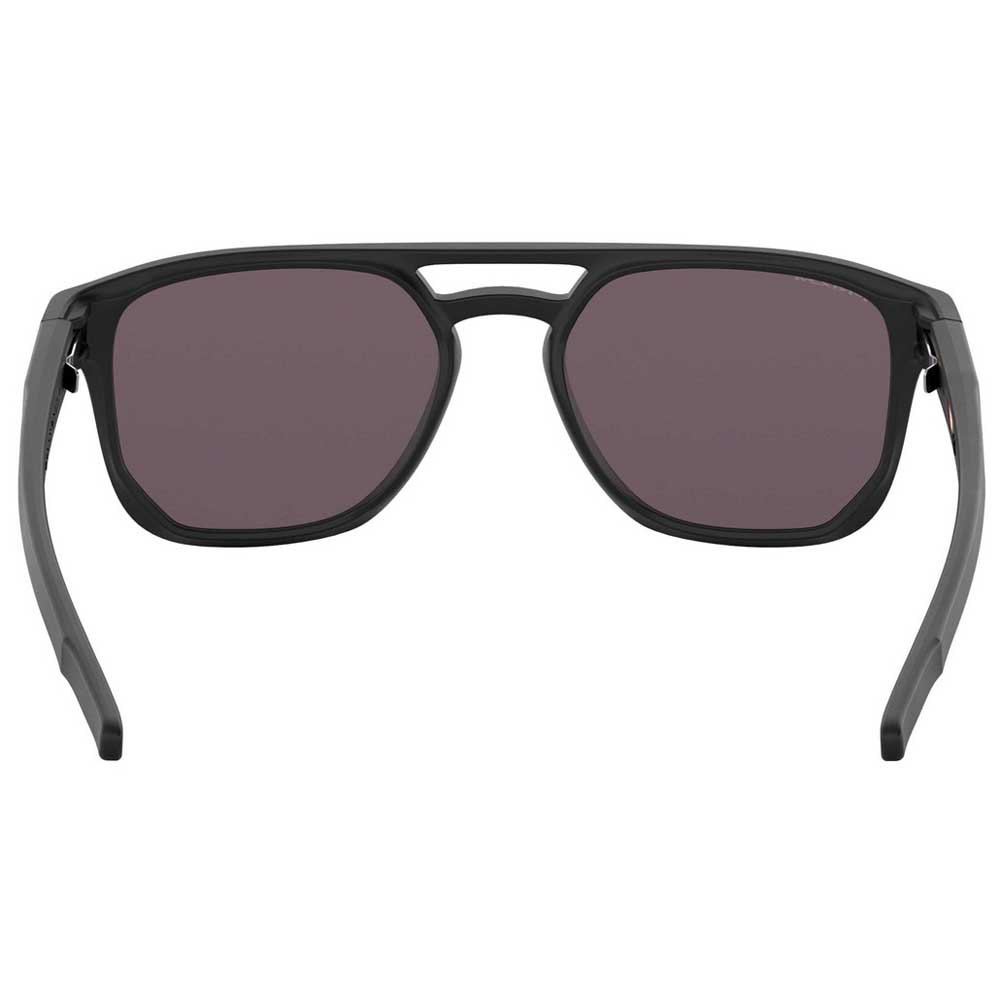 Casual Oakley Latch Beta
