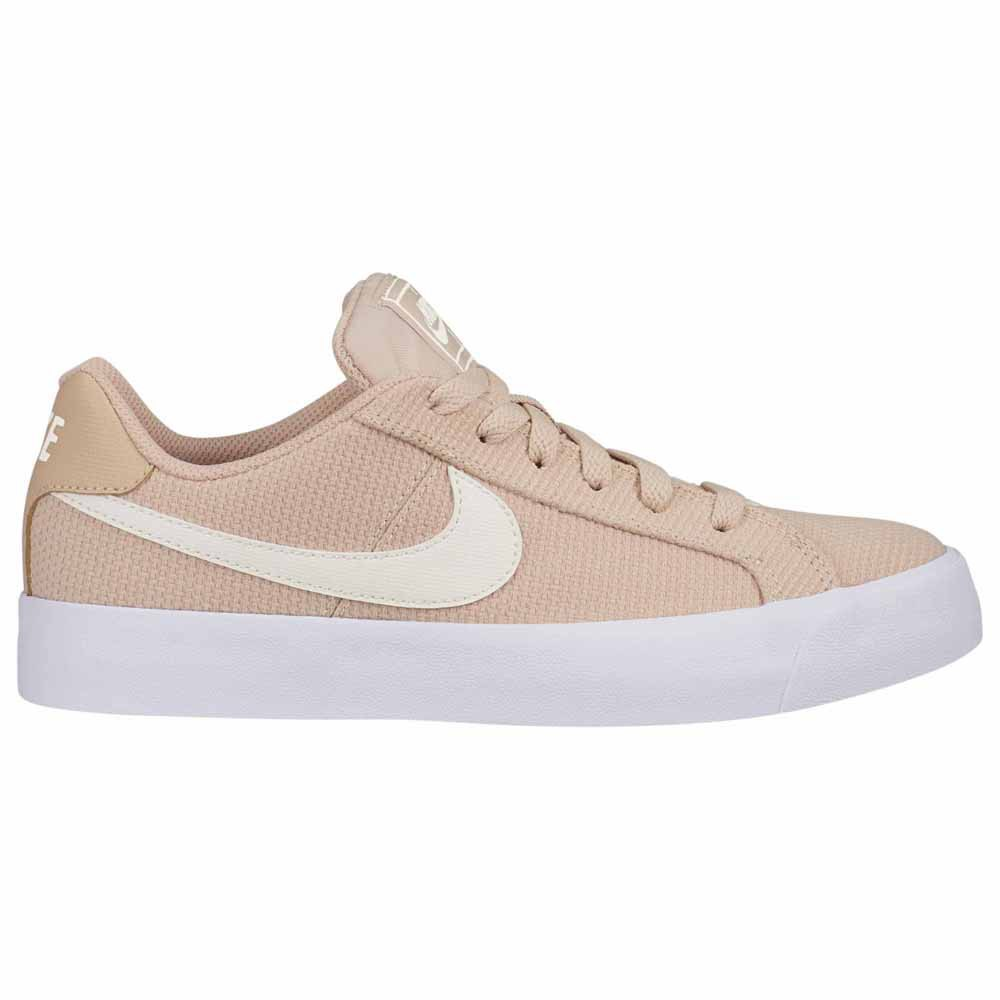Nike Court Royale AC SE