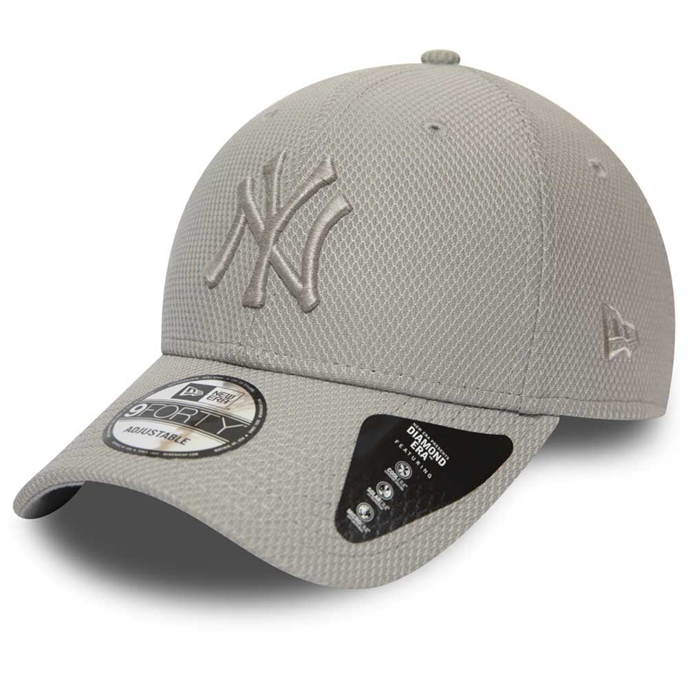 Trucker Cap Choice of 4 colours New Era NEW YORK YANKEES FREE New Era Box.